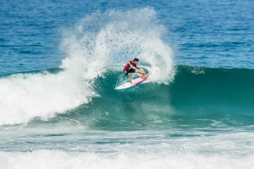 2014 World Champion Gabriel Medina (BRA) advances to the Quarter Finals of the 2018 Oi Rio Pro after winning Heat 3 of Round 4 at Itaúna Beach, Saquarema, Rio de Janeiro, Brazil.