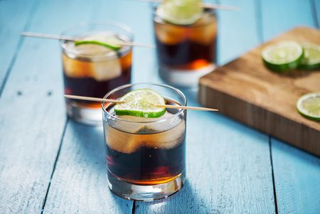rum-coke-5a8f3360875db90036ac14ca